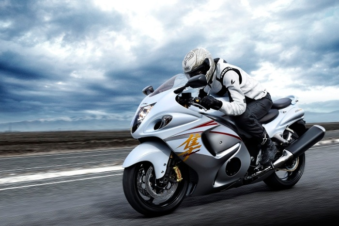 gsx1300ral5_action5-5_0